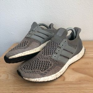 Adidas Ultra Boost Sneakers 8.5
